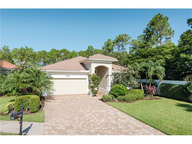 7647 Martino Cir, Naples, FL 34112 (#216048878) :: Homes and Land Brokers, Inc
