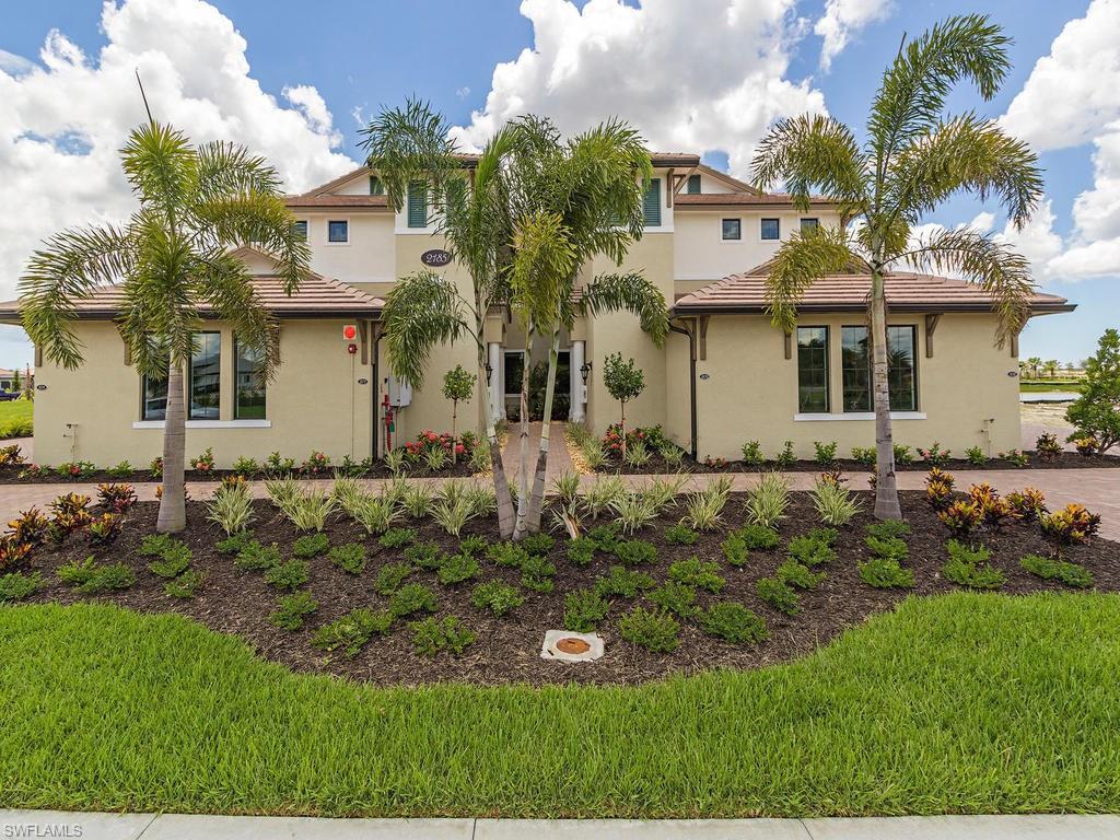 2185 Frangipani Cir 15-102, Naples, FL 34120 (MLS #216050145) :: The New Home Spot, Inc.