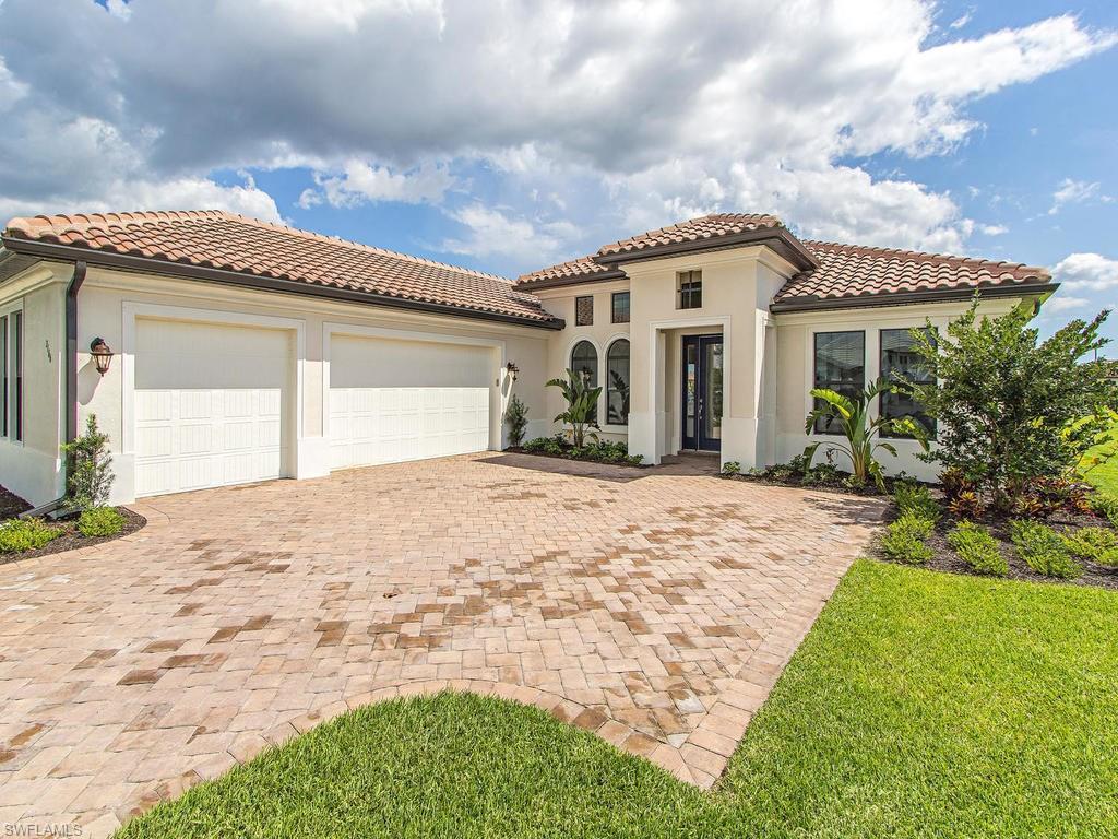 2166 Antigua Ln, Naples, FL 34120 (MLS #216051546) :: The New Home Spot, Inc.