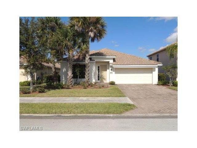 2103 Sagebrush Cir, Naples, FL 34120 (MLS #216053849) :: The New Home Spot, Inc.