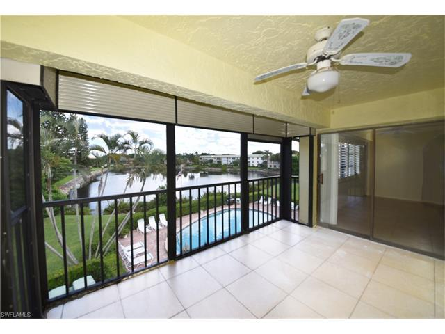 825 Ketch Dr #303, Naples, FL 34103 (MLS #216054039) :: The New Home Spot, Inc.