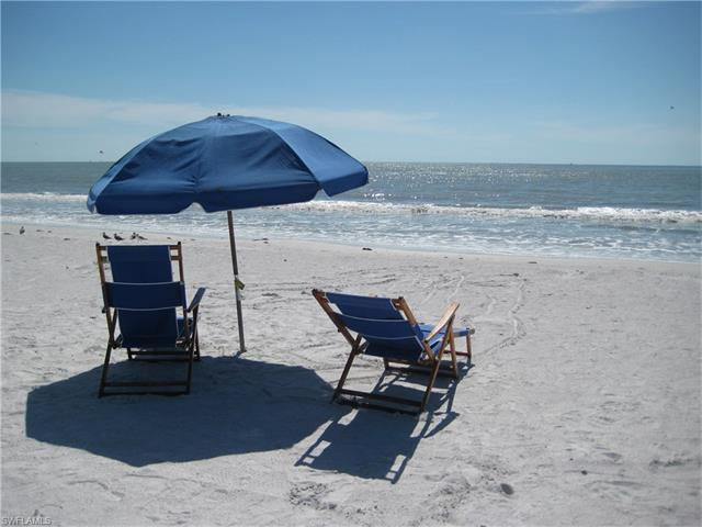 244 Pearl St, Fort Myers Beach, FL 33931 (#216060039) :: Homes and Land Brokers, Inc