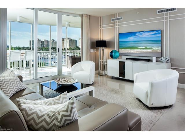 13675 Vanderbilt Dr I-505, Naples, FL 34110 (MLS #216061463) :: The New Home Spot, Inc.