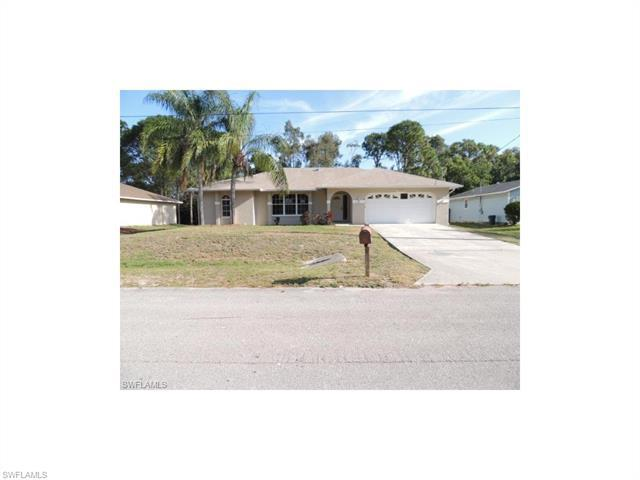 7579 Captiva Blvd, Fort Myers, FL 33967 (MLS #216065268) :: The New Home Spot, Inc.