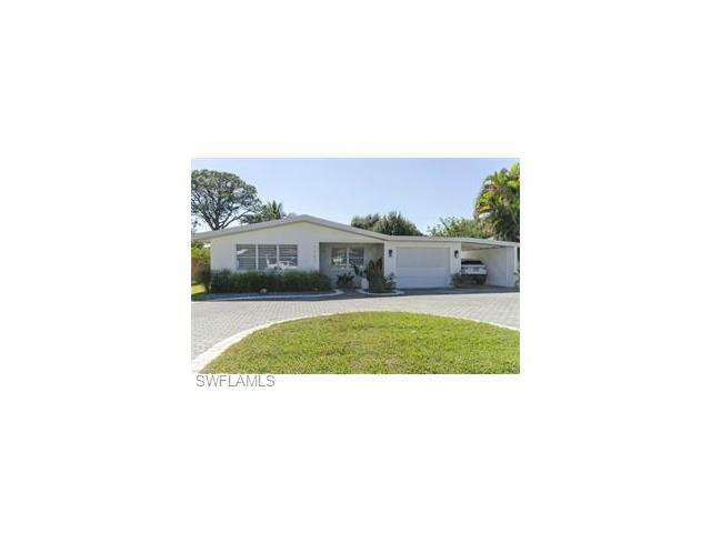 1282 Illinois Dr, Naples, FL 34103 (#217013813) :: Homes and Land Brokers, Inc
