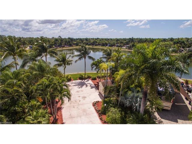 4856 Carriage Ct, Naples, FL 34114 (#217019137) :: Homes and Land Brokers, Inc