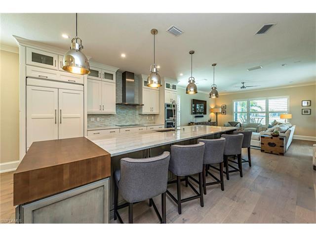 13883 Luna Dr, Naples, FL 34109 (MLS #217029281) :: The New Home Spot, Inc.