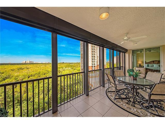 455 Cove Tower Dr #703, Naples, FL 34110 (MLS #217035114) :: The New Home Spot, Inc.