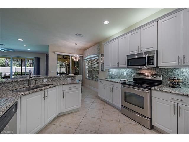 6721 Marbella Ln, Naples, FL 34105 (#217044644) :: Homes and Land Brokers, Inc