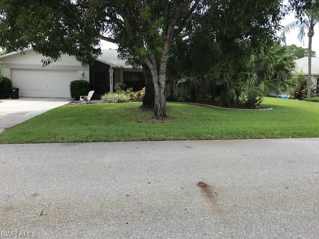 9953 Country Oaks Dr, Fort Myers, FL 33967 (MLS #217051273) :: Clausen Properties, Inc.