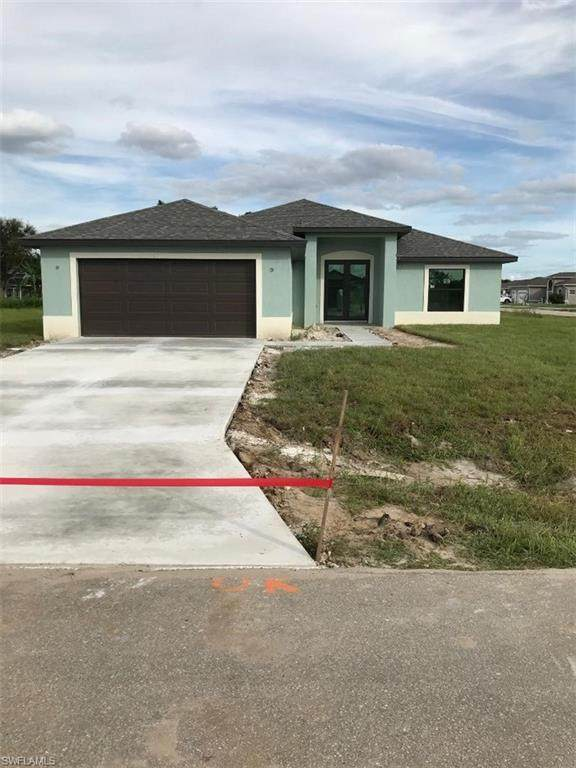 663 Carrillon Ave S, Lehigh Acres, FL 33974 (#220014955) :: Southwest Florida R.E. Group Inc