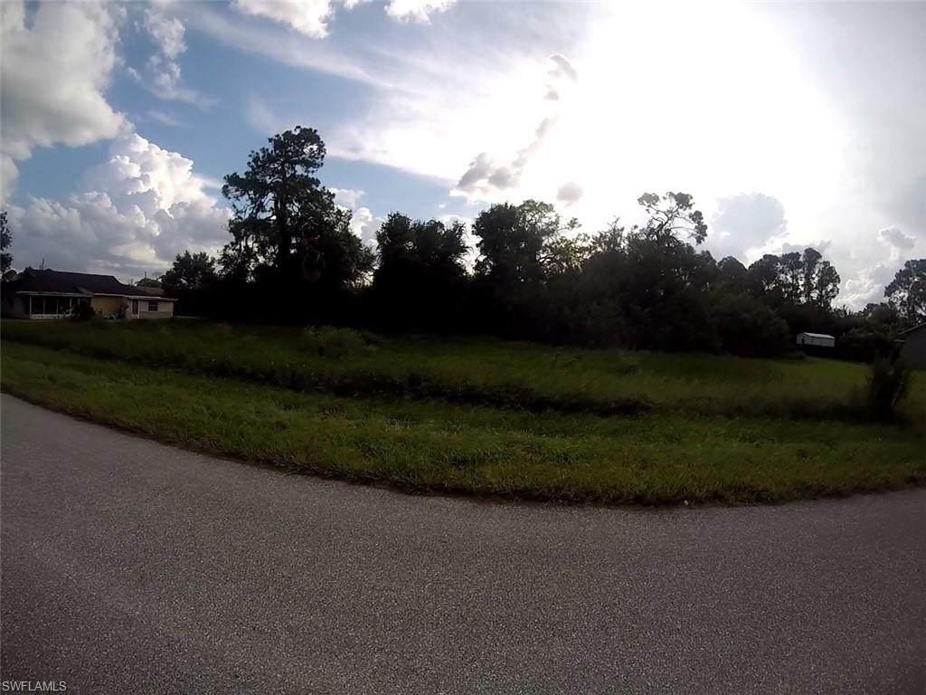 468 Fairfield Ave - Photo 1