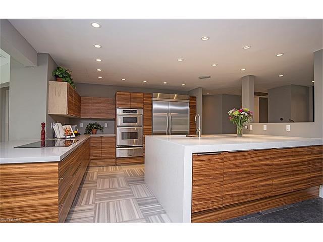 150 Logan Blvd N, Naples, FL 34119 (#216017242) :: Homes and Land Brokers, Inc