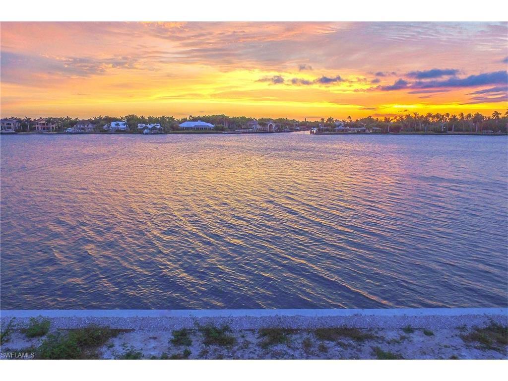 2280 Kingfish Rd, Naples, FL 34102 (MLS #216022578) :: The New Home Spot, Inc.