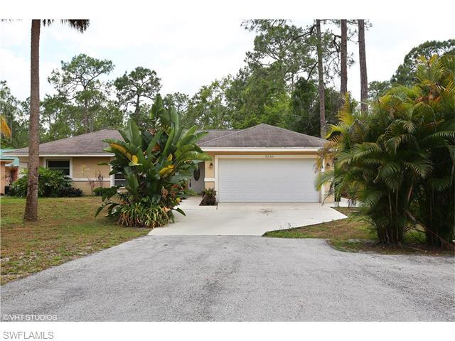 3240 27th Ave SW, Naples, FL 34117 (#216025691) :: Homes and Land Brokers, Inc