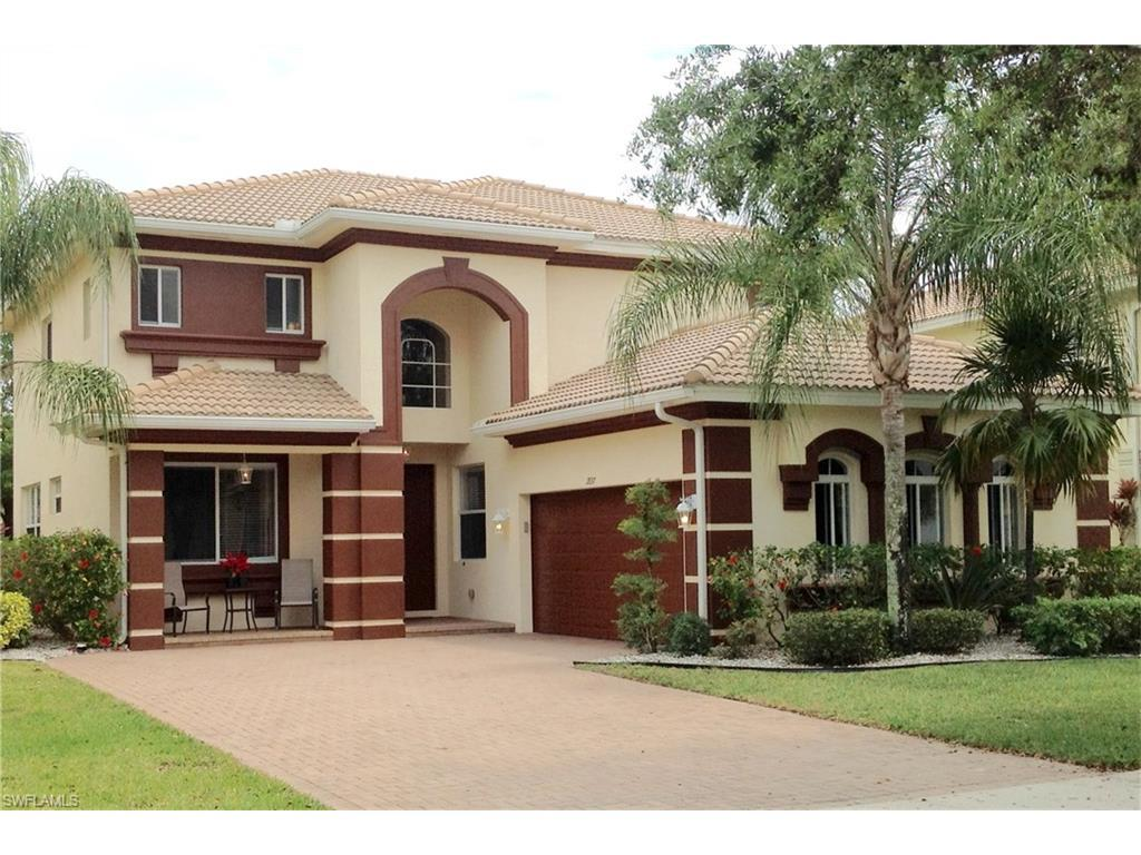 1897 Par Dr, Naples, FL 34120 (#216033207) :: Homes and Land Brokers, Inc