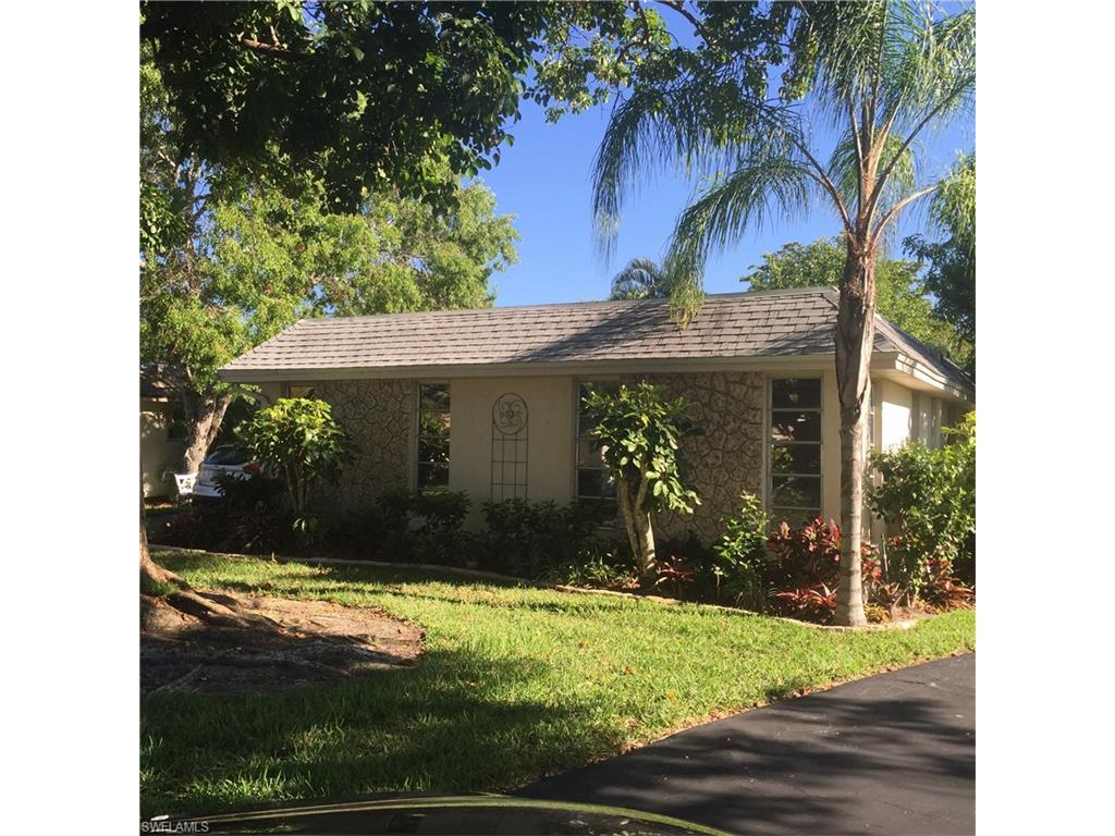 220 Lanchester Ct, Naples, FL 34112 (#216035787) :: Homes and Land Brokers, Inc