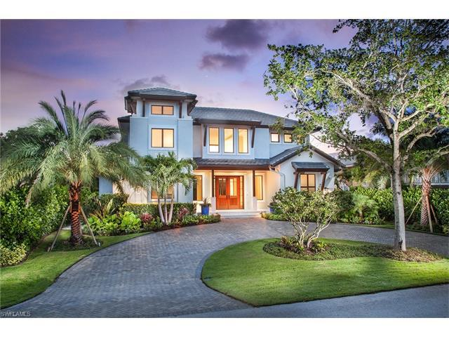 940 7th St S, Naples, FL 34102 (#216044574) :: Homes and Land Brokers, Inc