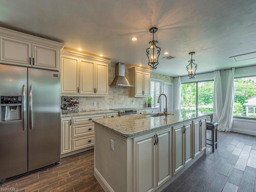 1294 Belaire Ct, Naples, FL 34110 (MLS #216051370) :: The New Home Spot, Inc.