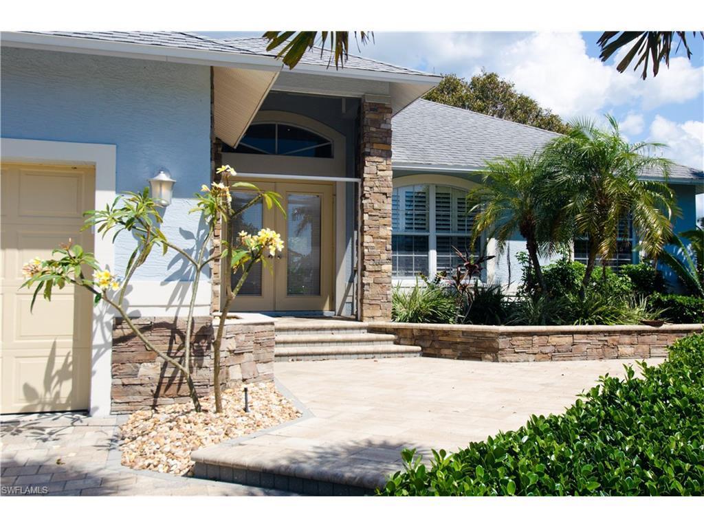159 Cyrus St, Marco Island, FL 34145 (MLS #216057158) :: The New Home Spot, Inc.