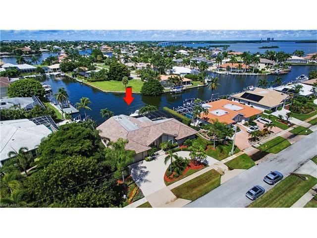 1708 Piedmont Ct, Marco Island, FL 34145 (MLS #216059160) :: The New Home Spot, Inc.