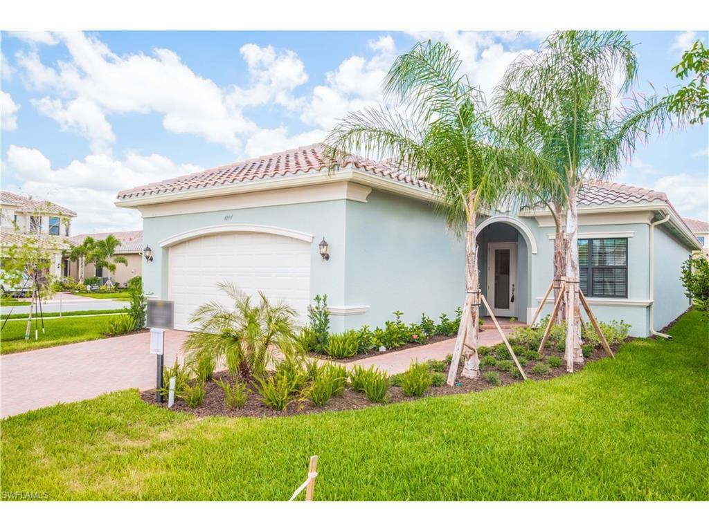 4144 Crescent Ct, Naples, FL 34119 (MLS #216063747) :: The New Home Spot, Inc.