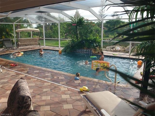 12269 Isabella Dr, Bonita Springs, FL 34135 (MLS #216077175) :: The New Home Spot, Inc.