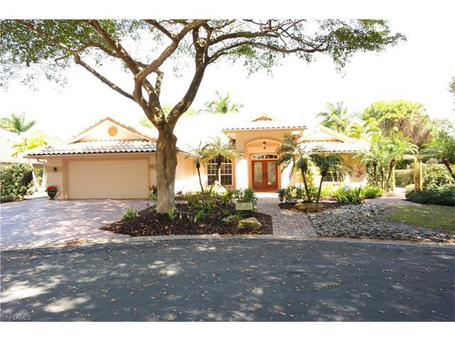 589 Roma Ct, Naples, FL 34110 (#217014718) :: Homes and Land Brokers, Inc