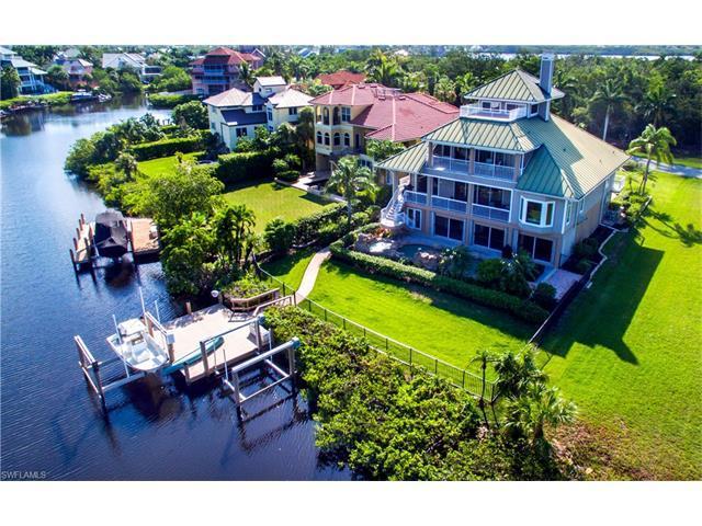 211 Bayfront Dr, Bonita Springs, FL 34134 (MLS #217035596) :: The New Home Spot, Inc.