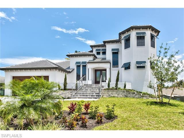 427 Willet Ave, Naples, FL 34108 (#215017433) :: Homes and Land Brokers, Inc