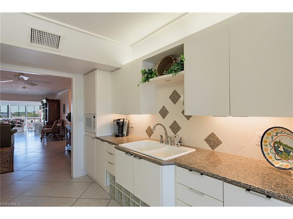 1900 Gulf Shore Blvd N #603, Naples, FL 34102 (MLS #216041700) :: The New Home Spot, Inc.