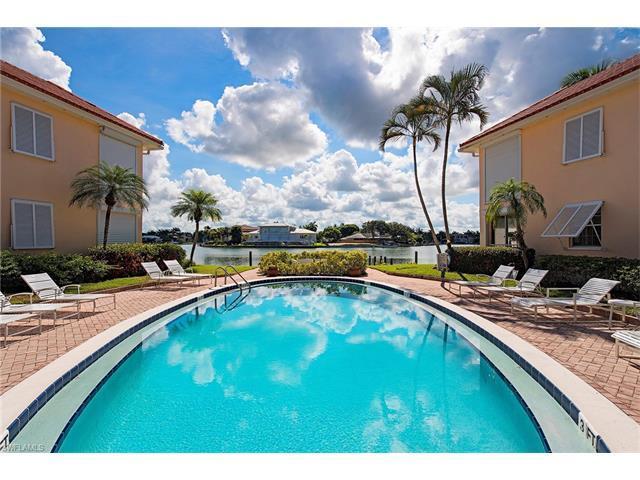 3070 Gulf Shore Blvd N #209, Naples, FL 34103 (MLS #216043868) :: The New Home Spot, Inc.