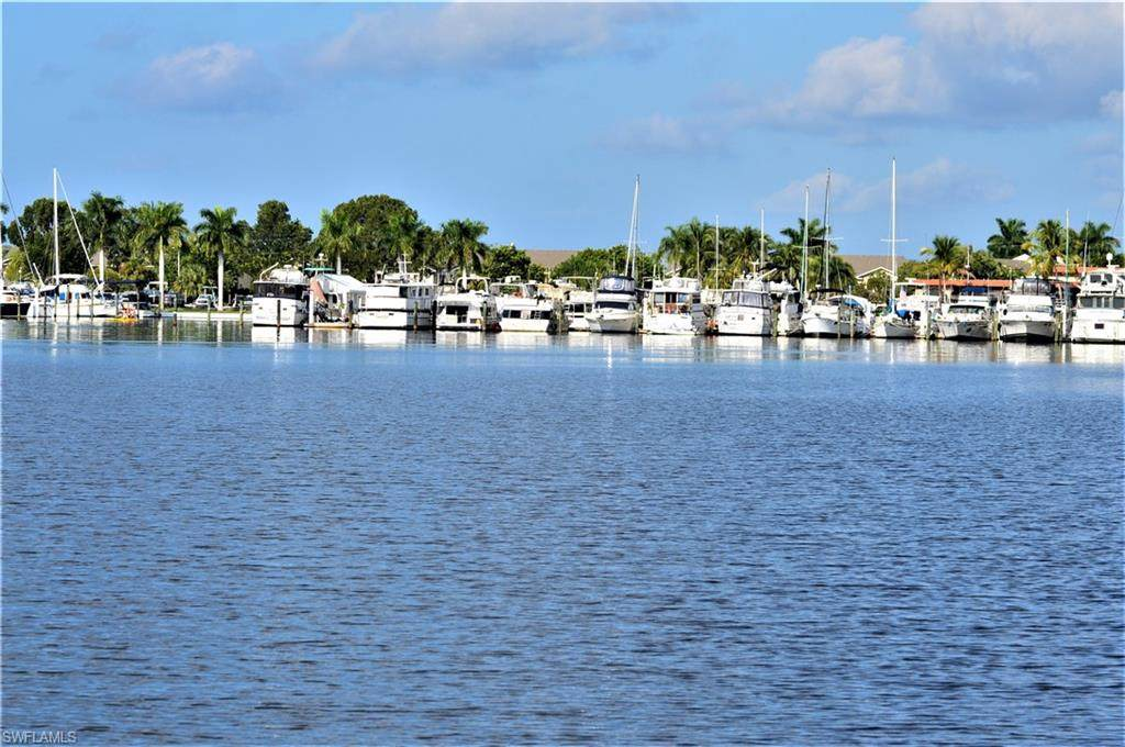 275 Cays Dr - Photo 1