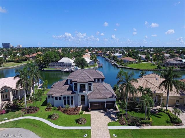 1212 Mariana Ct, Marco Island, FL 34145 (#215057245) :: Homes and Land Brokers, Inc