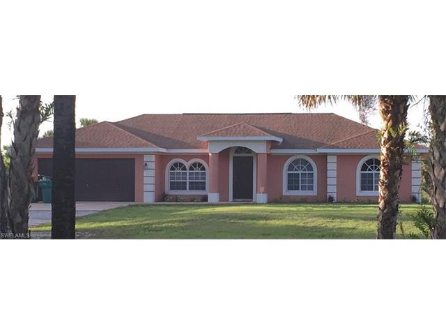 2711 4th Ave SE, Naples, FL 34117 (MLS #216030043) :: The New Home Spot, Inc.