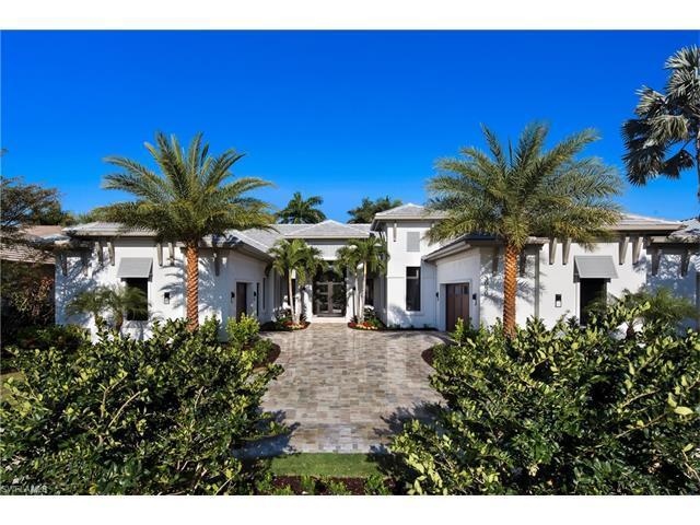 3050 Crayton Rd, Naples, FL 34103 (MLS #216038759) :: The New Home Spot, Inc.