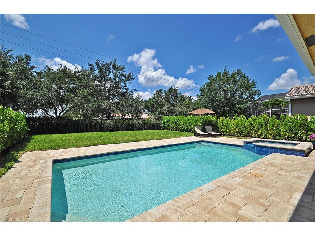 1977 Isla De Palma Cir, Naples, FL 34119 (#216041413) :: Homes and Land Brokers, Inc