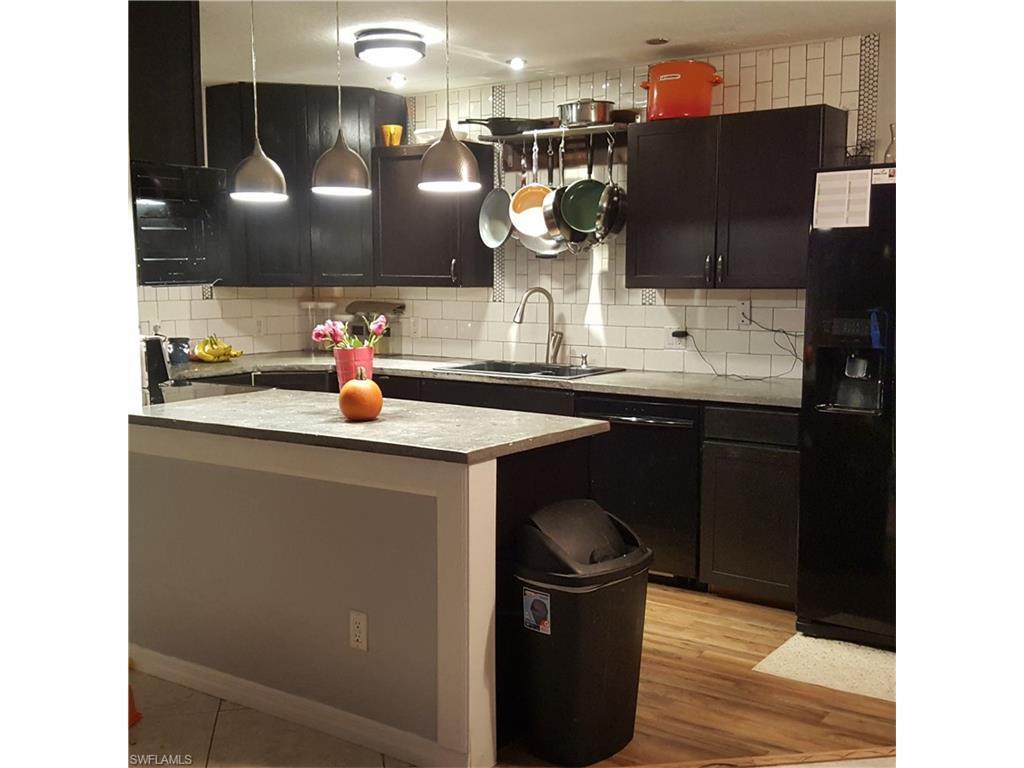 1431 17th St SW, Naples, FL 34117 (MLS #216063328) :: The New Home Spot, Inc.