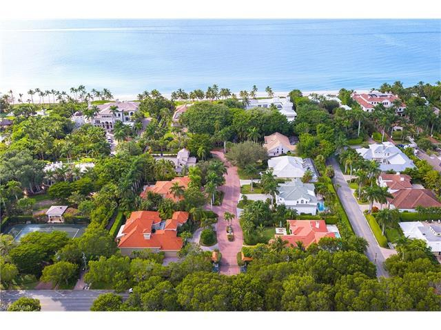 2030 Gordon Dr, Naples, FL 34102 (MLS #216065282) :: The New Home Spot, Inc.
