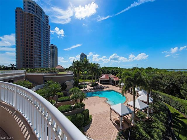 4851 Bonita Bay Blvd #302, Bonita Springs, FL 34134 (MLS #216051780) :: The New Home Spot, Inc.