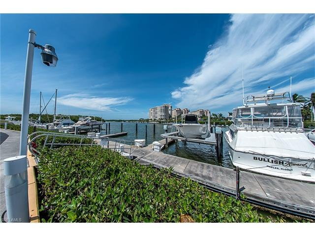 13105 Vanderbilt Dr #607, Naples, FL 34110 (MLS #217031776) :: The New Home Spot, Inc.