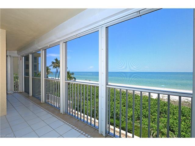 9577 Gulf Shore Dr #301, Naples, FL 34108 (MLS #215064529) :: The New Home Spot, Inc.