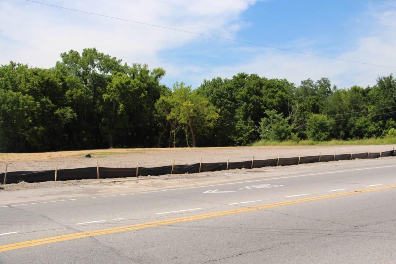 3207 Highway 31W - Photo 1