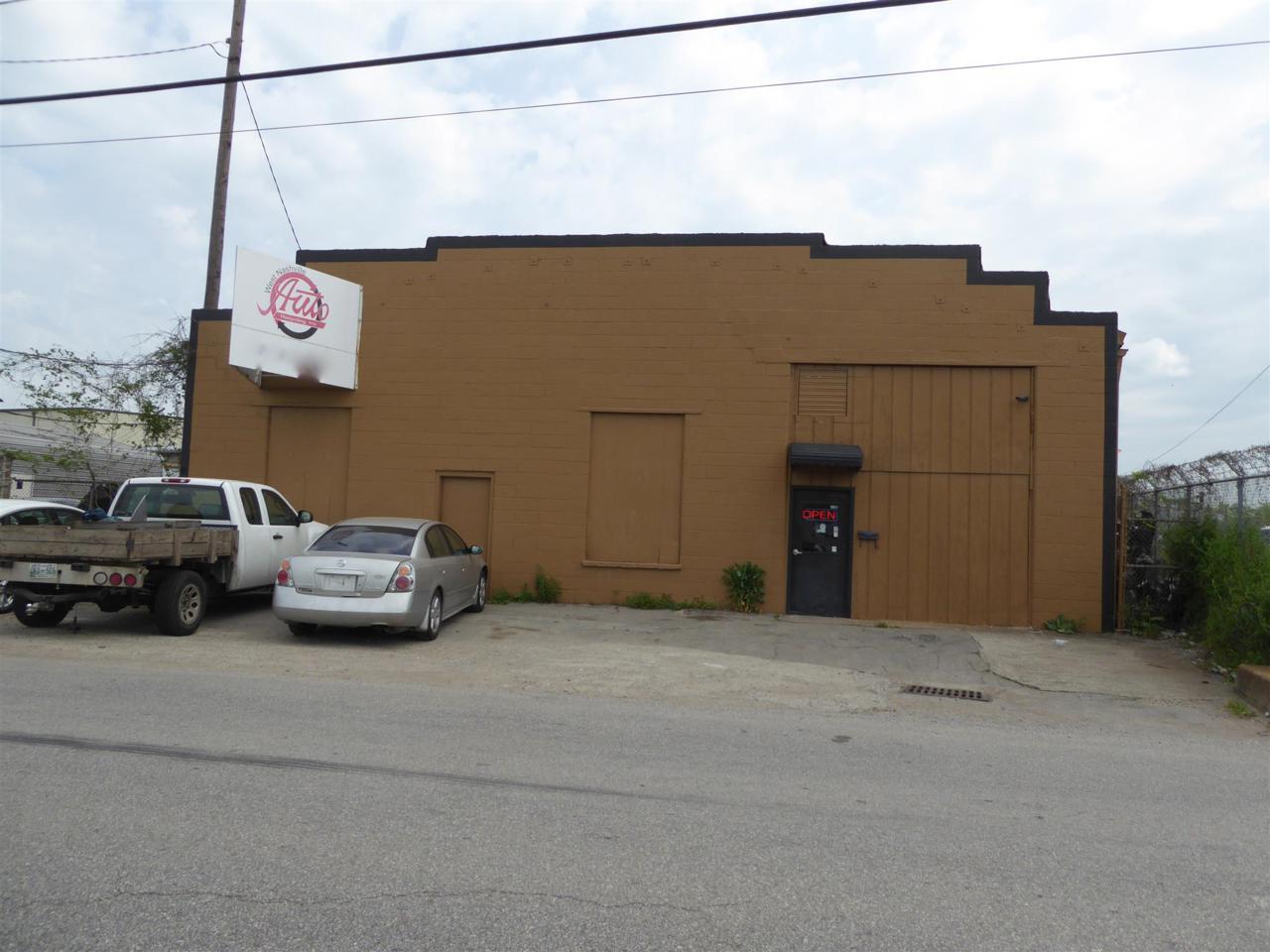 5604 Centennial Blvd - Photo 1