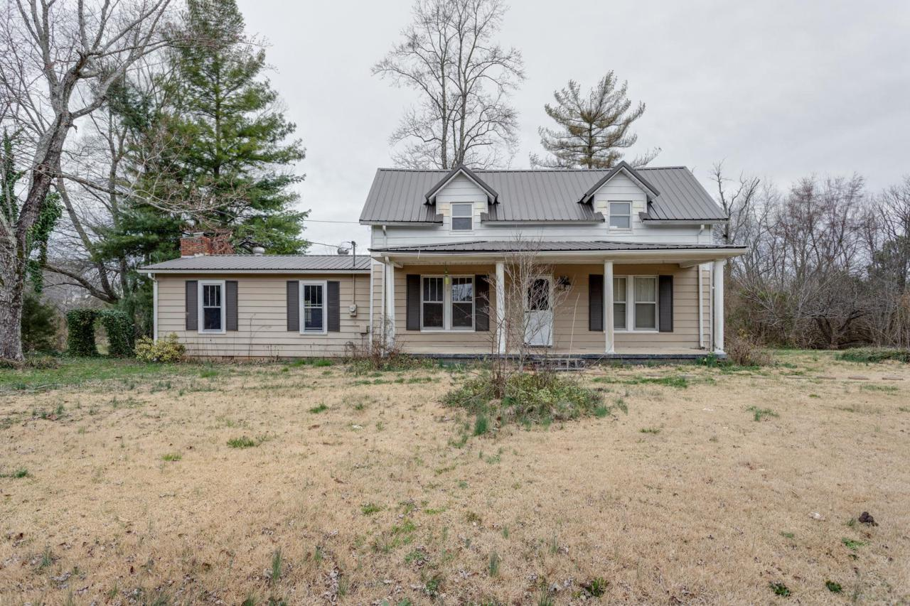 1155 Old Florence Rd - Photo 1