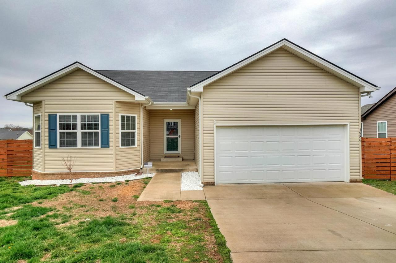 1988 Normandy Dr - Photo 1