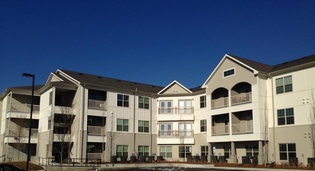 934 Governors Court #306 - Photo 1