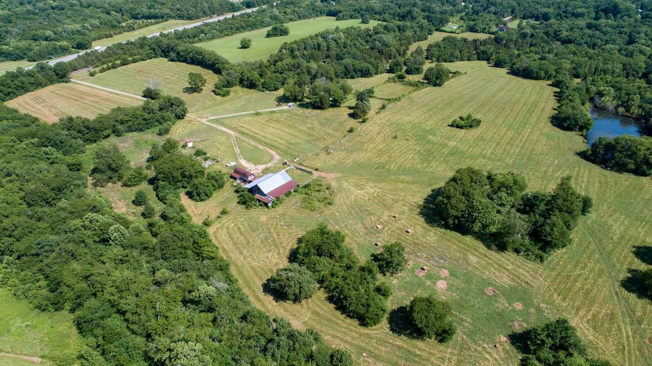 1088 New Lewisburg Hwy - Photo 1