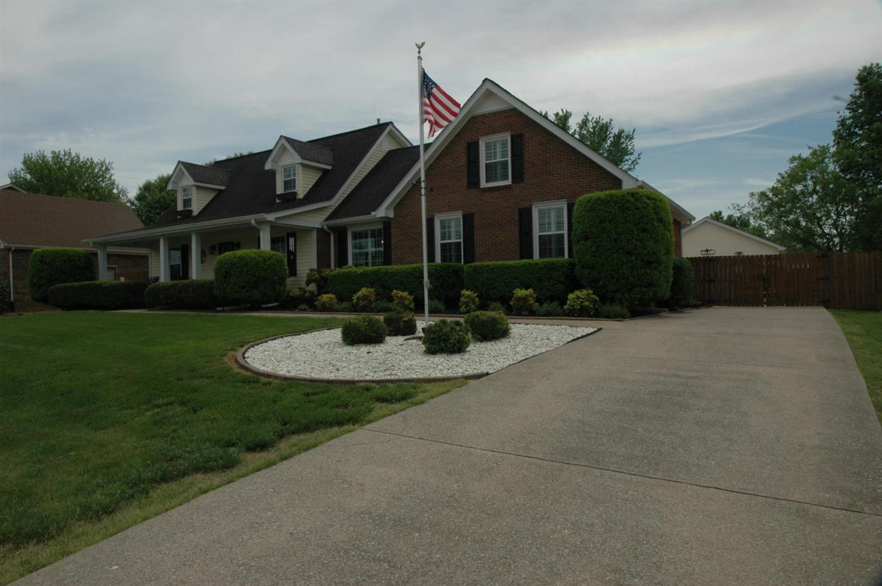3106 Clydesdale Dr - Photo 1