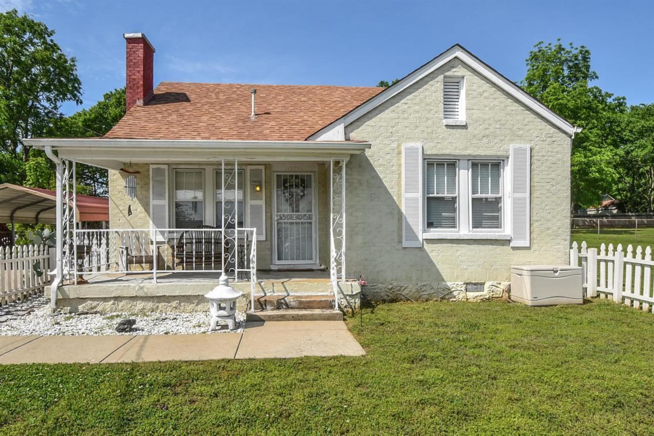 109 Duling Ave - Photo 1
